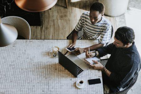 Como enfrentar desafios comuns em Web Design e Desenvolvimento