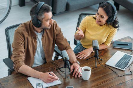 Por Que Os Podcasts São Tão Populares? Um Olhar Sobre O Passado, O Presente E O Futuro