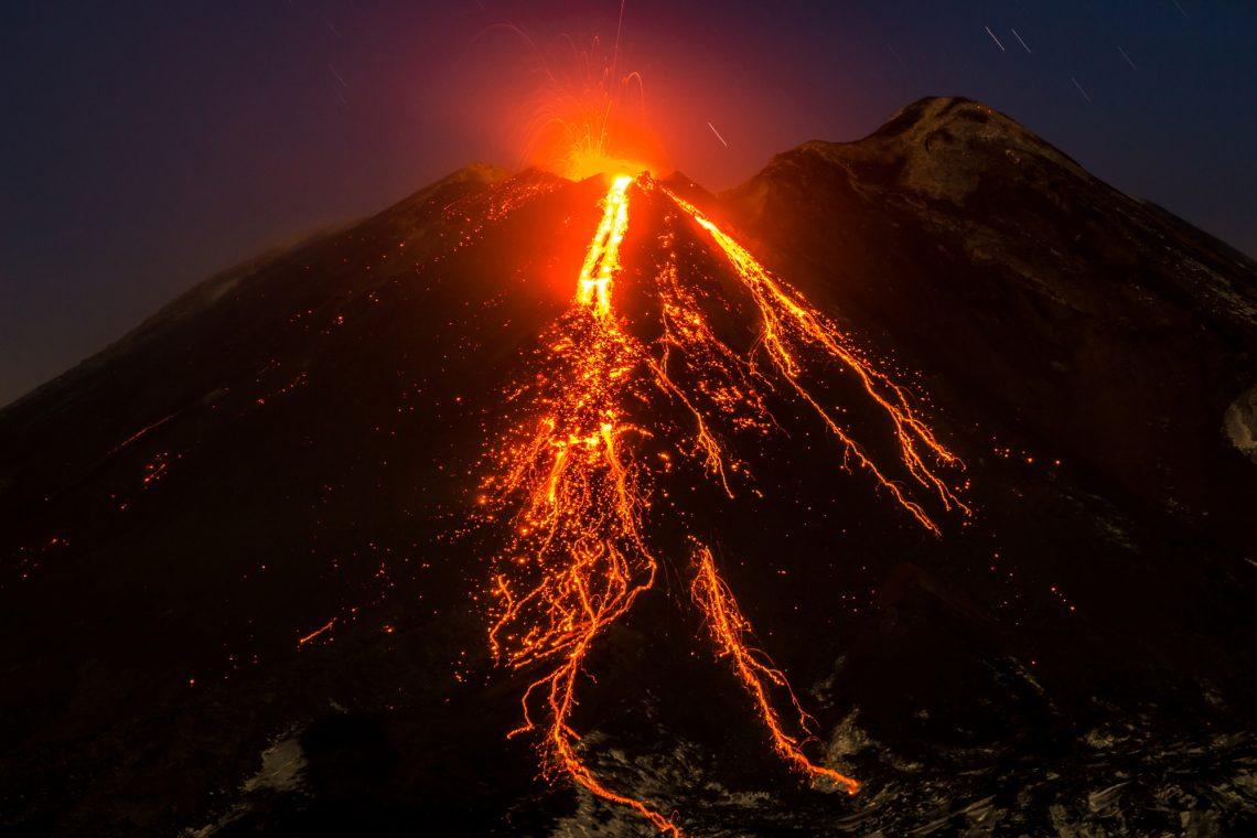 Q&A Com Fernando Privitera: Documentando Erupções Vulcânicas e Outras Aventuras de um Fotógrafo de Viagem
