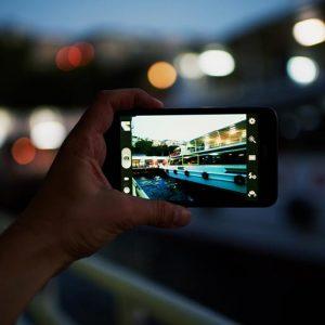 А вы предпочтете iPhone 7 зеркалке?