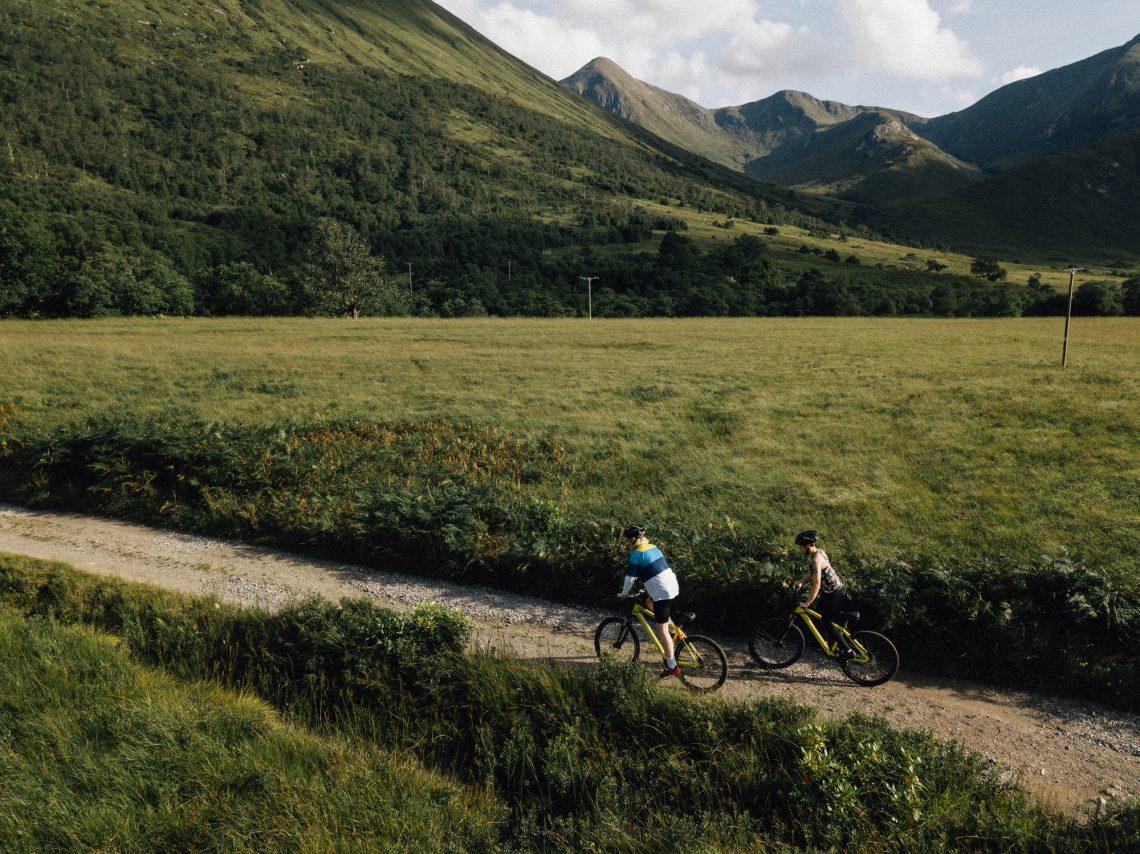 Фото велосипедистов в горах летом