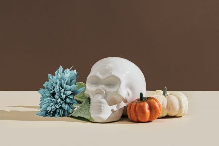 Готовимся к Хэллоуину: тематические шаблоны, фотоколлекции и маркетинговые идеи