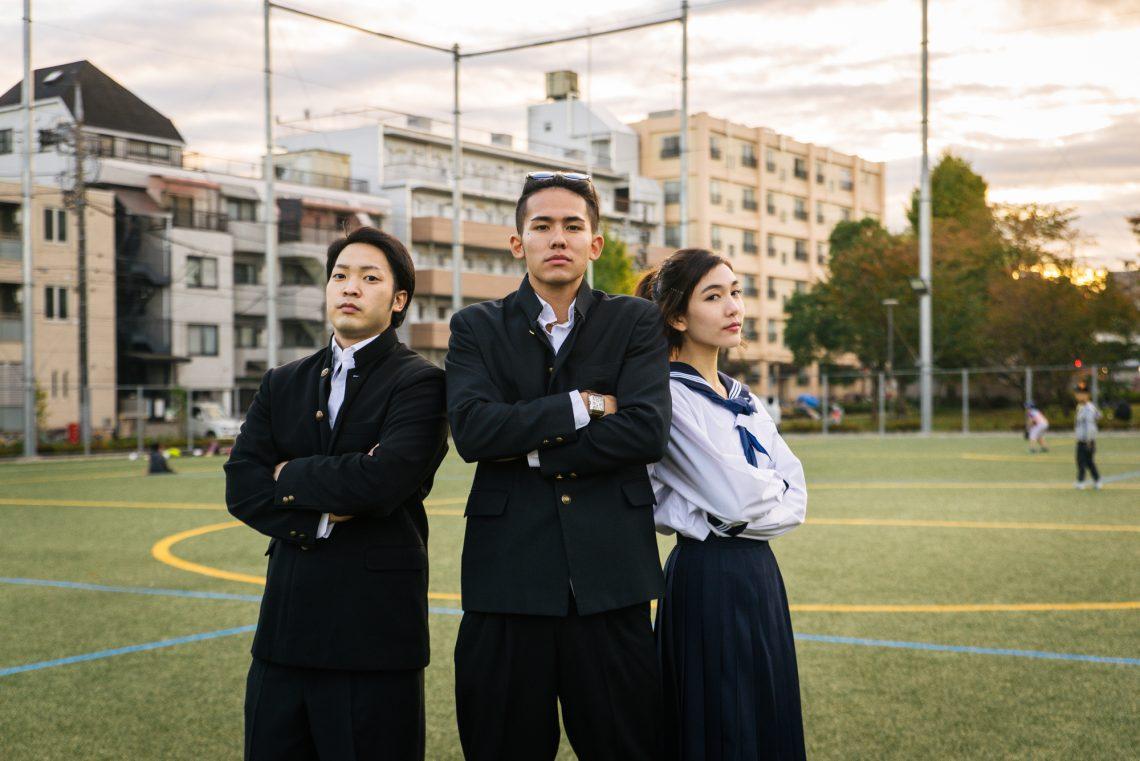 Фото японських школярів на стадіоні
