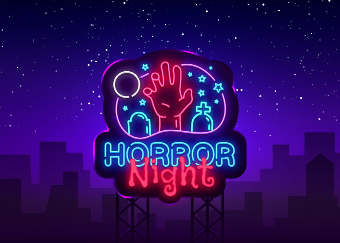 Фото неонова вивіска Horror Night