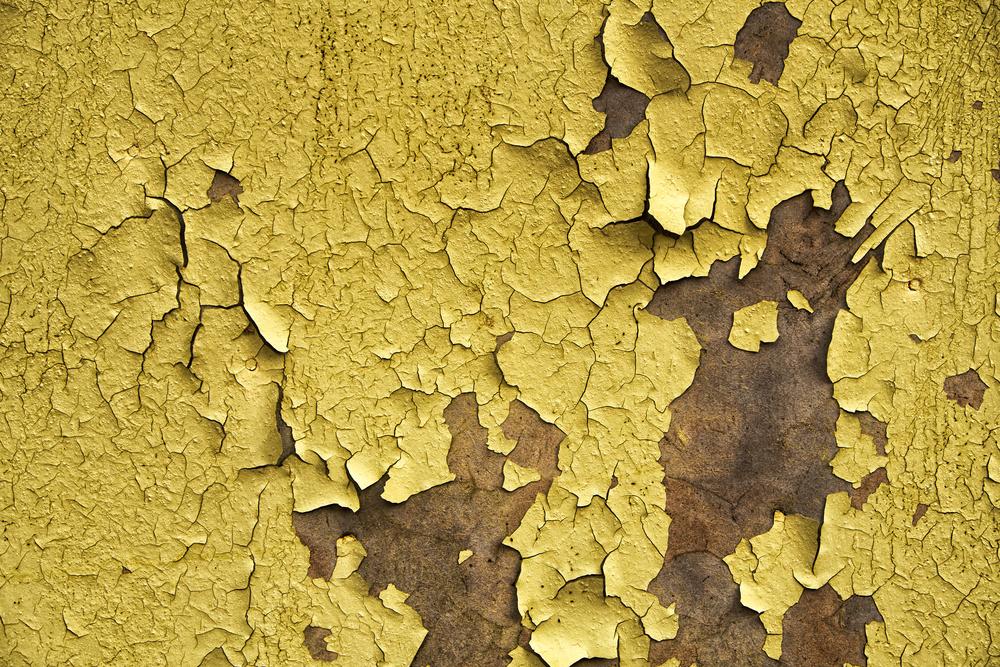 Фото потріскана жовта фарба