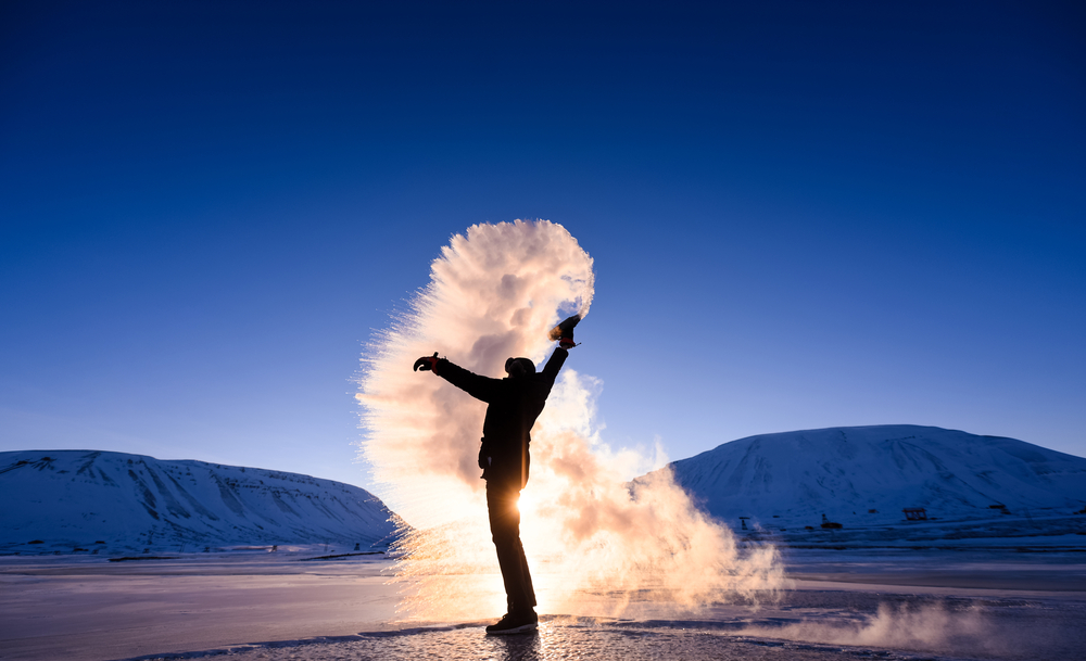 Фото людина дим зима в Норвегії