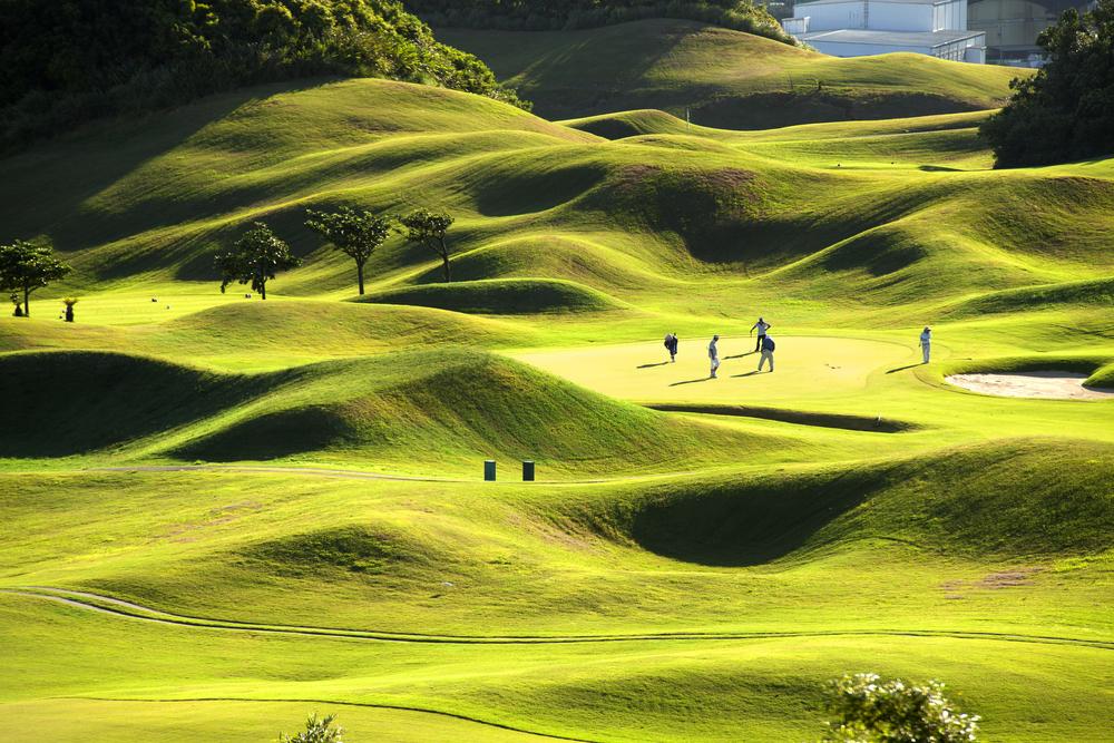 Фото зелене поле для гольфу