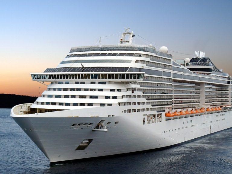 Cruise ship. © Depositphotos
