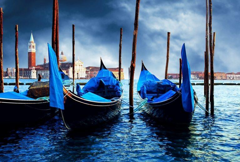 Venezia - travel romantic pleace © Depositphotos