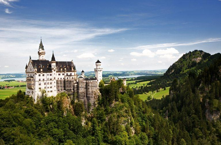 Neuschwanstein Castle | Stock Photo © Depositphotos