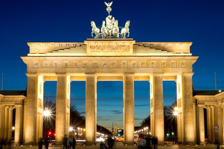 The Brandenburg Gate at dawn | Stock Photo © Depositphotos