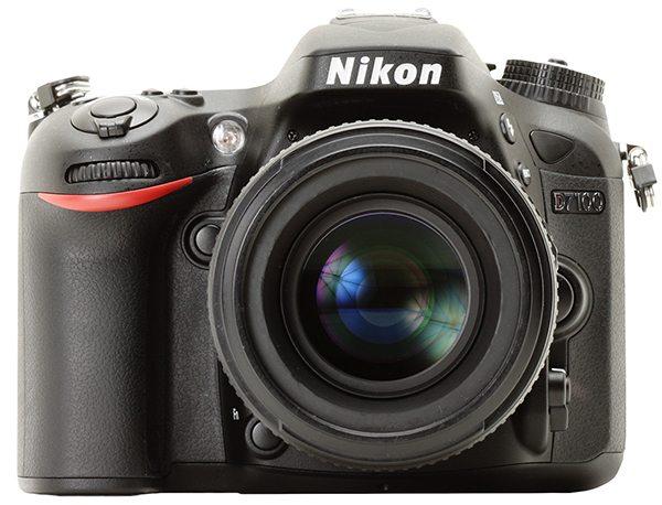 Nikon D7100, front image