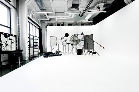 img-interior-cyclorama-white-angle-1