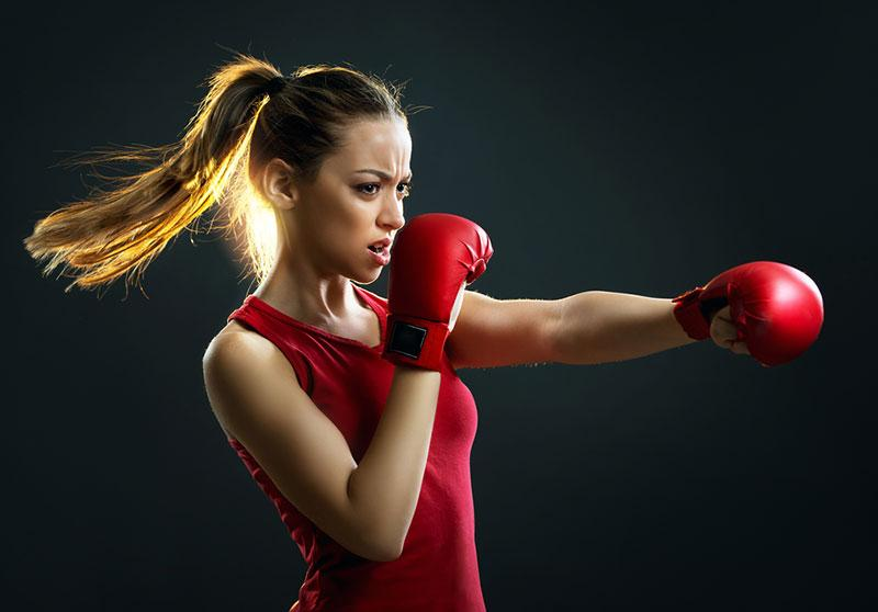 Tijana Moraca photography woman practicing boxing