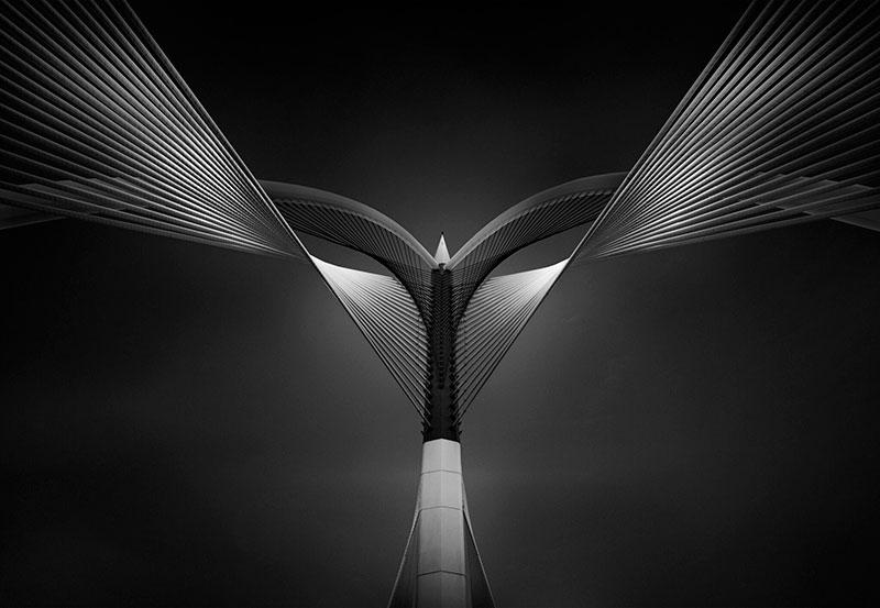 Ahmed Thabet winning architecture photograph at 2017 international photographer of the year
