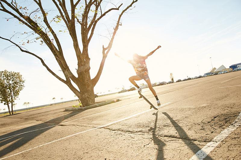 Evgeny Lobanov photography - skateboarder at sunset