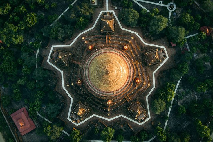 Dimitar Karanikolov: Geometry of ancient temples and other cities from above