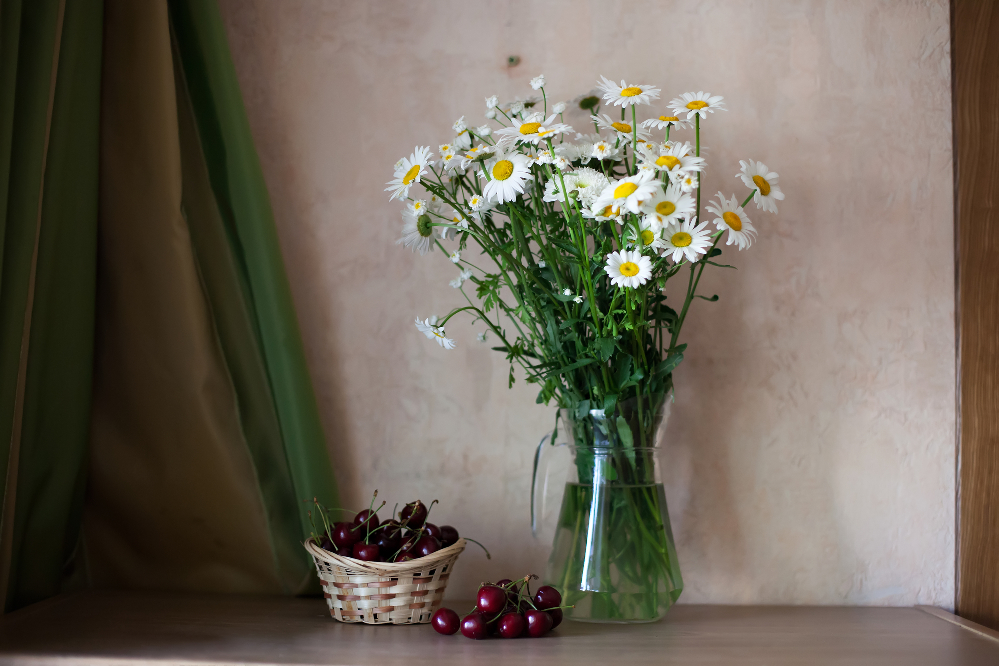 Still life with bouquet of daisies stock photo